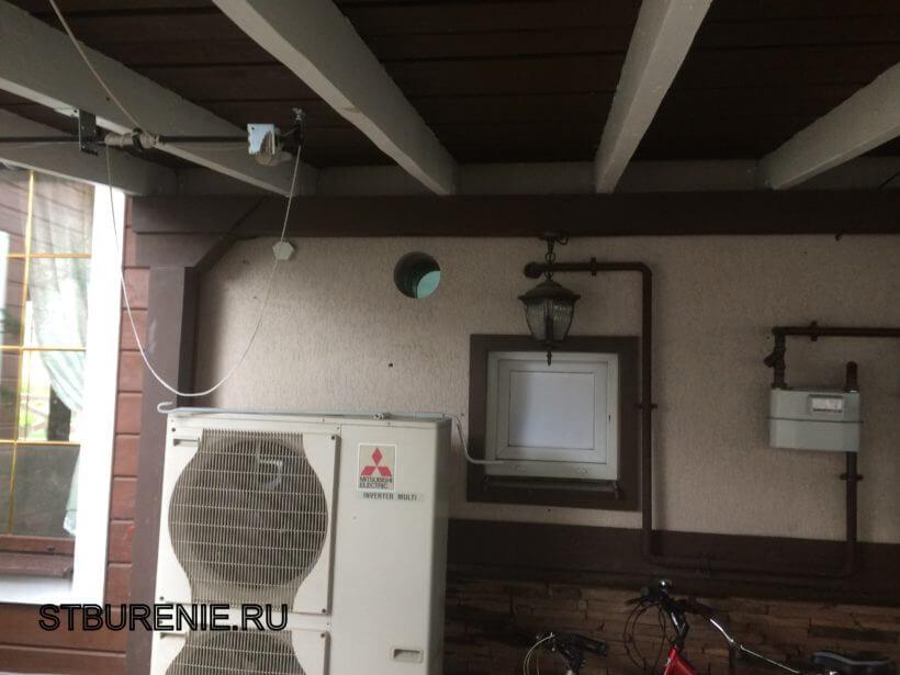 Алмазное бурение под вентиляцию в стене