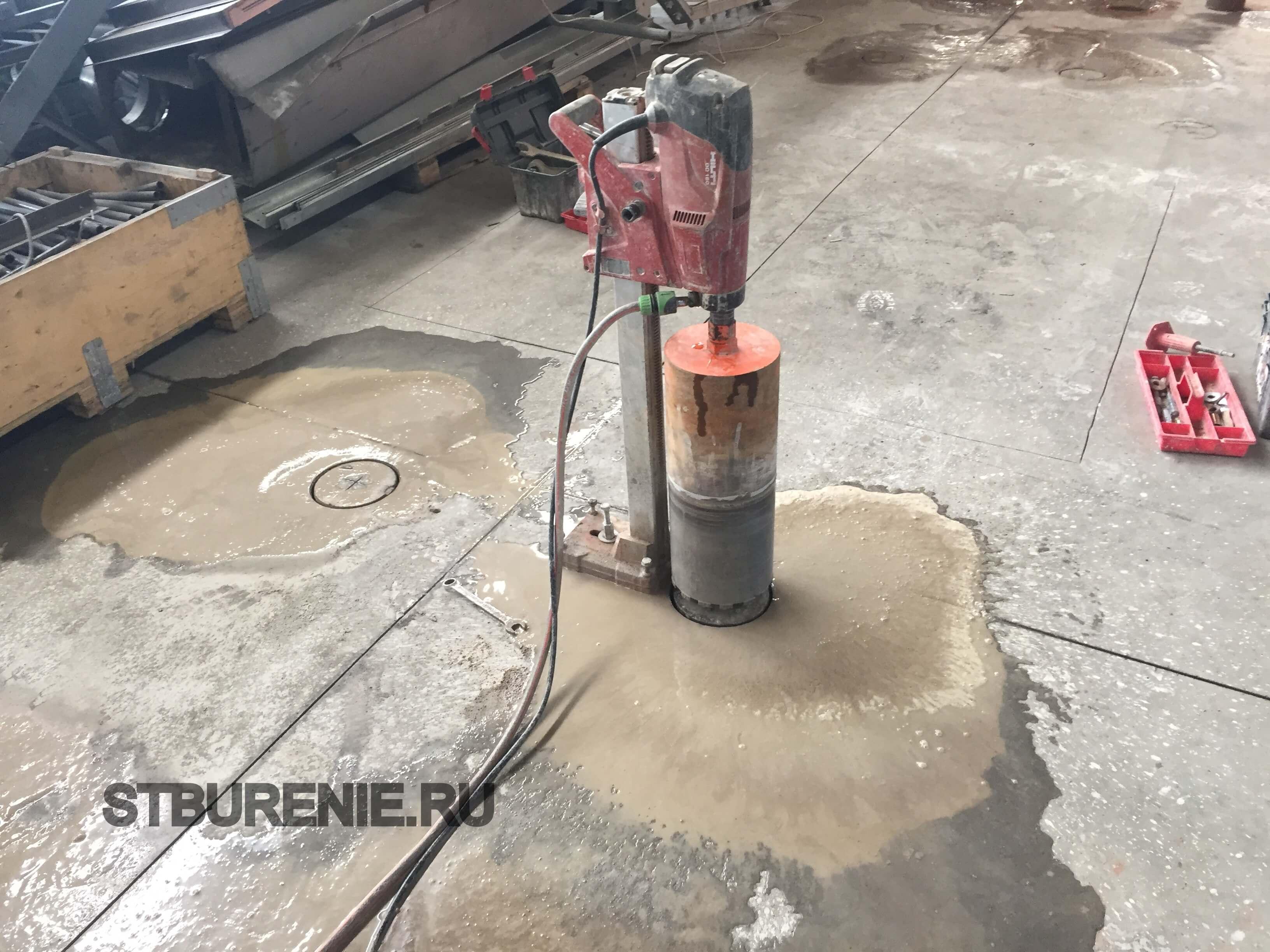 Алмазное бурение отверстий в бетоне москва расценки подвал из керамзитобетона
